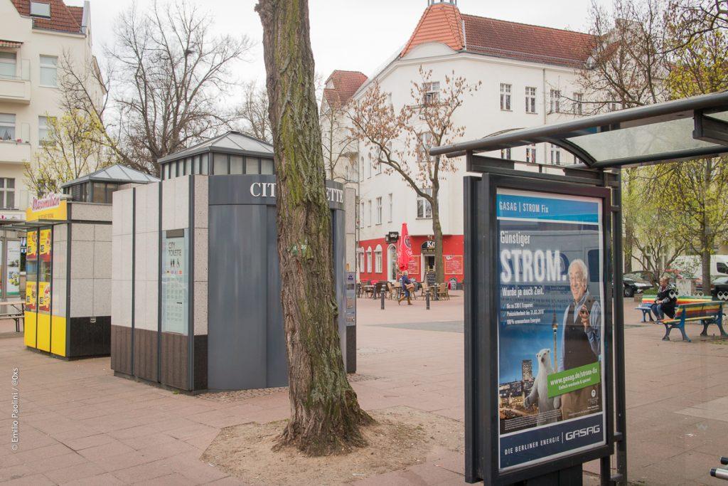 """Metzer Platz mit """"Wall Barrikade"""""""